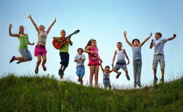 Les conseils pour bien choisir la colonie de vacances de votre enfant