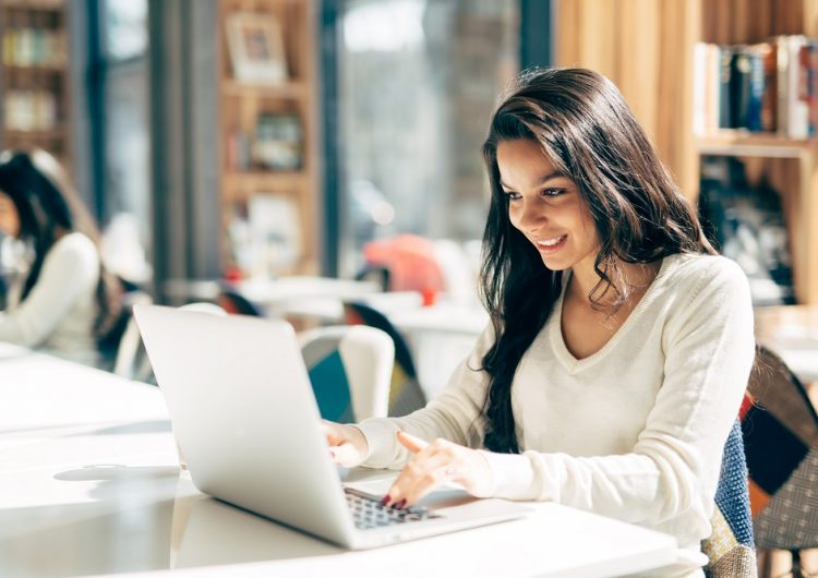 Apprendre l'espagnol en utilisant Internet